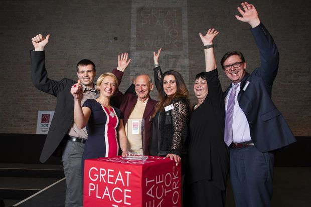 """2017 – Great Place to Work Wettbewerb """"Beste Arbeitgeber Gesundheit & Soziales"""" – Kategorie Kliniken"""