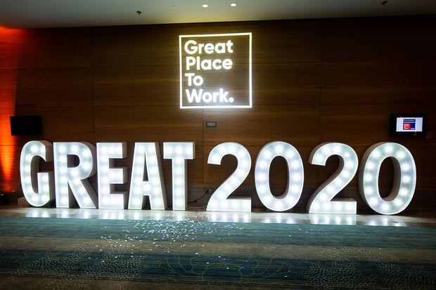 """2020 – Great Place to Work """"Beste Arbeitgeber Gesundheit & Soziales"""" – Kategorie Kliniken"""