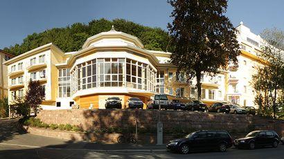 2008 – Fertigstellung des Verbindungstrakts der Parkklinik Heiligenfeld