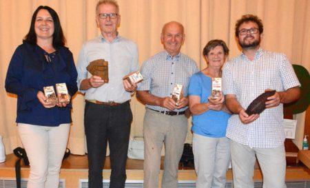 Von links: Anita Schmitt (Akademie Heiligenfeld), Franz Zang (BN-Kreisgruppenvorsitzender Bad Kissingen), Gerhard und Francoise Wielgos, Referent Dr. Arno Wielgoss. Foto: Elisabeth Assmann